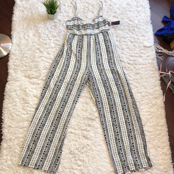 bed79f2bfe5d Tie back high waisted jumpsuit